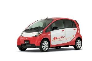 2011-Mitsubishi-i-Miev_26