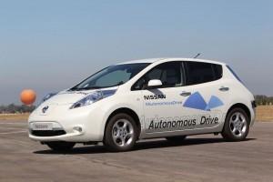 Nissan-leaf-autonomous_1
